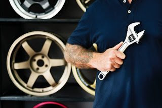 How to keep your auto shop clean